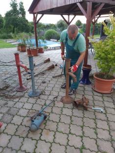 Rozebírání pump  azjišťování závad