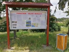 Informační tabule kpamátníku Velké Moravy