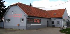 Opravená budova prodejny Jednota