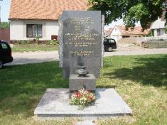 Nový pomník všem obětem válek